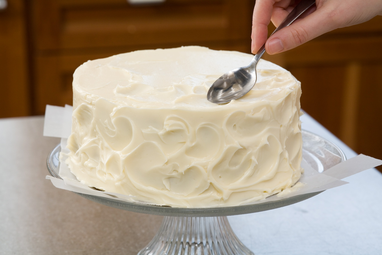 Easy Cake Icing Patterns: Easy Bake Games: Secrets To Decorating Layer Cakes