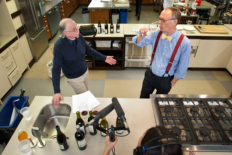 wine tasting notes: do numbers point the way to better wine—or just pointier-headed wine buyers?